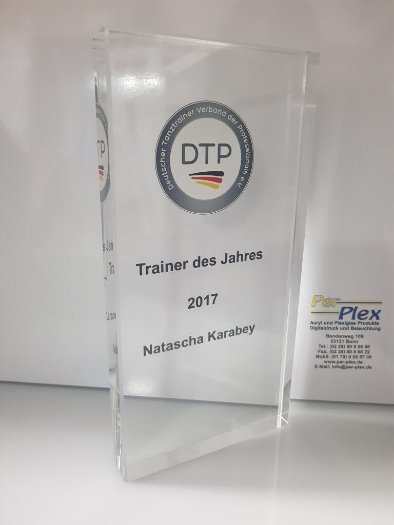 Plexiglas Pokal Trainer des Jahres 2017 DTP