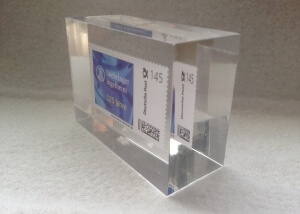 Einbettung Briefmarke Wert 1,45 Euro