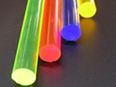Plexiglas-Staebe-fluorescent