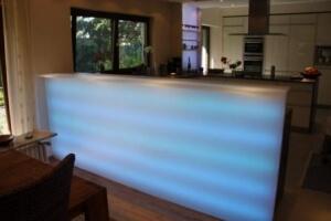Beleuchtete Thecke / Küchenzeile