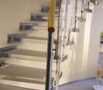Plexiglas Treppe1
