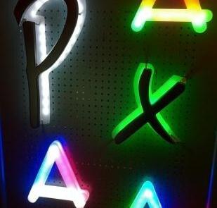 Profilbuchstaben-mit-LED-Beleuchtung