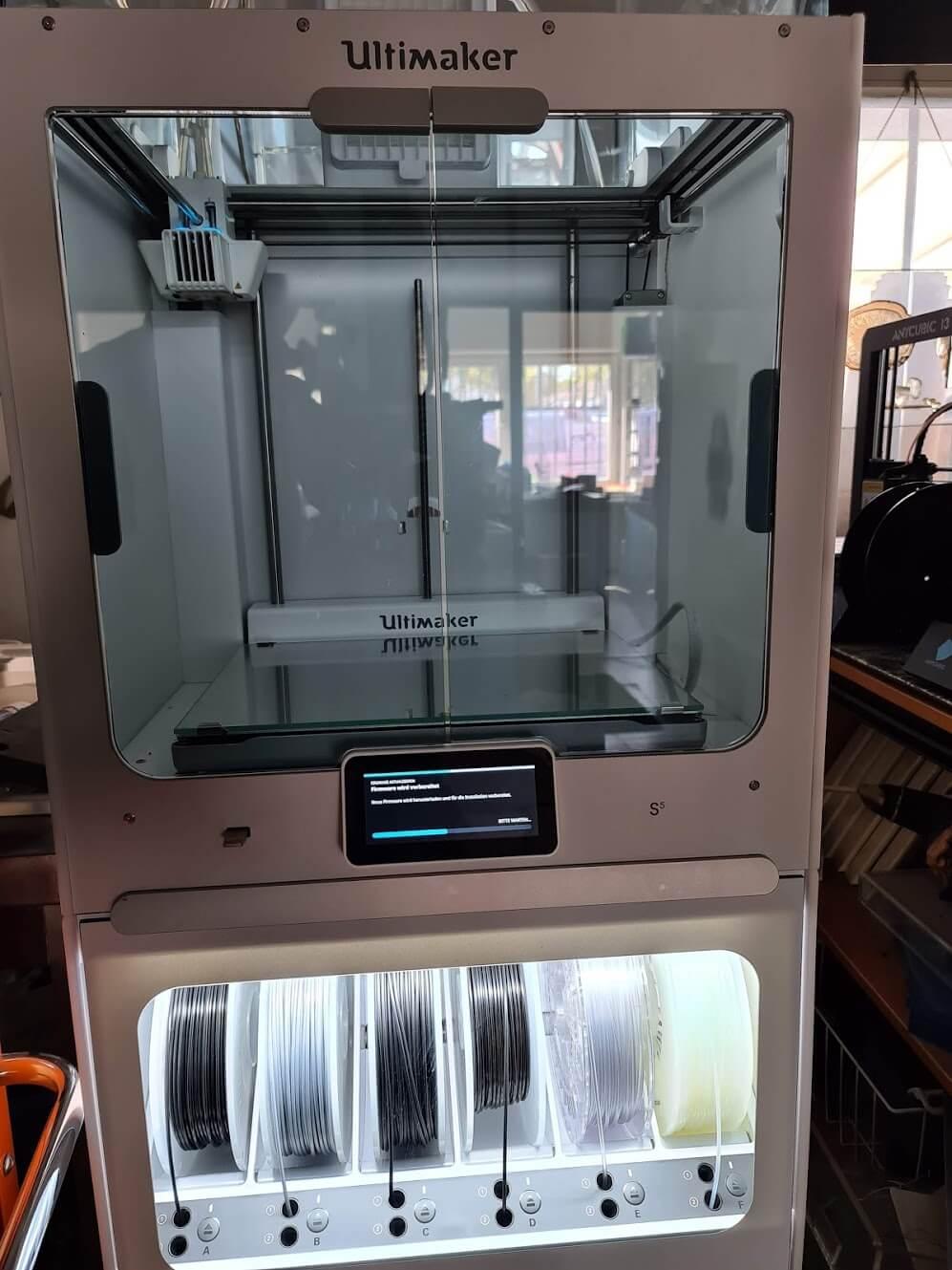 Ultimaker S5 3D Drucker + Magazin